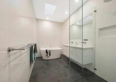 Current Group electricians complete electrical works of main bathroom at Melbourne home